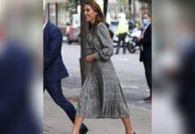 Herzogin Kate fühlt sich in ihrem Zara-Kleid sichtlich wohl.
