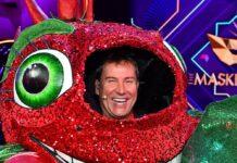 """Die Chili: """"Tagesschau""""-Chefsprecher Jens Riewa musste in der ersten Folge """"The Masked Singer"""" seine Maske abnehmen."""
