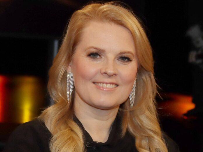 Patricia Kelly muss wegen einer Operation mehrere Konzerte verschieben.