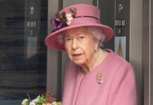 Nach einer abgesagten Nordirland-Reise hat die Queen eine Nacht in einem Krankenhaus verbracht.
