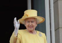 Queen Elizabeth II. soll nach ihrem Krankenhausaufenthalt in guter Verfassung sein.