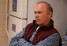 """Michael Keaton läuft in """"Dopesick"""" erneut zur Höchstform auf."""