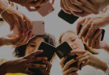 Vor allem auf das Leben junger Menschen haben soziale Medien Einfluss.