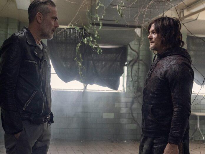 Norman Reedus (re.) als Daryl Dixon und Jeffrey Dean Morgan als Negan in